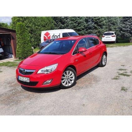 Opel Astra 1.4 Benzyna mały przebieg Super Stan